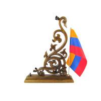 Вертикальная подставка для дудука с флагом Армении