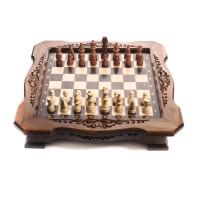 Шахматный ларец с фигурками