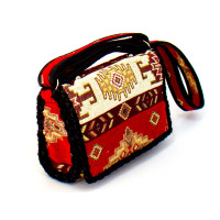 Подростковая сумка с армянским орнаментом