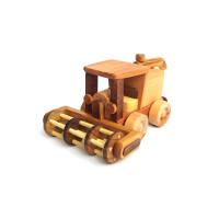 Деревянная эко-игрушка Комбайн арт. 1445