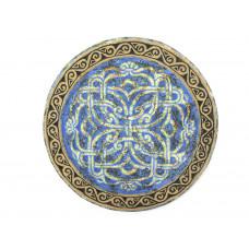 Декоративная синяя тарелка с орнаментом