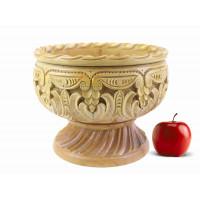 Деревянная фруктовница резная ручной работы арт. 10623