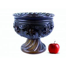 Деревянная фруктовница резная ручной работы арт. 10627