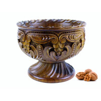 Деревянная конфетница резная ручной работы арт. 10629