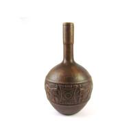 Керамический винный кувшин с наскальными изображениями