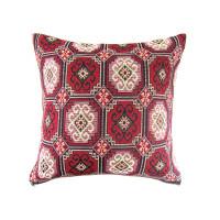 Наволочка на диванную подушку красная с орнаментом